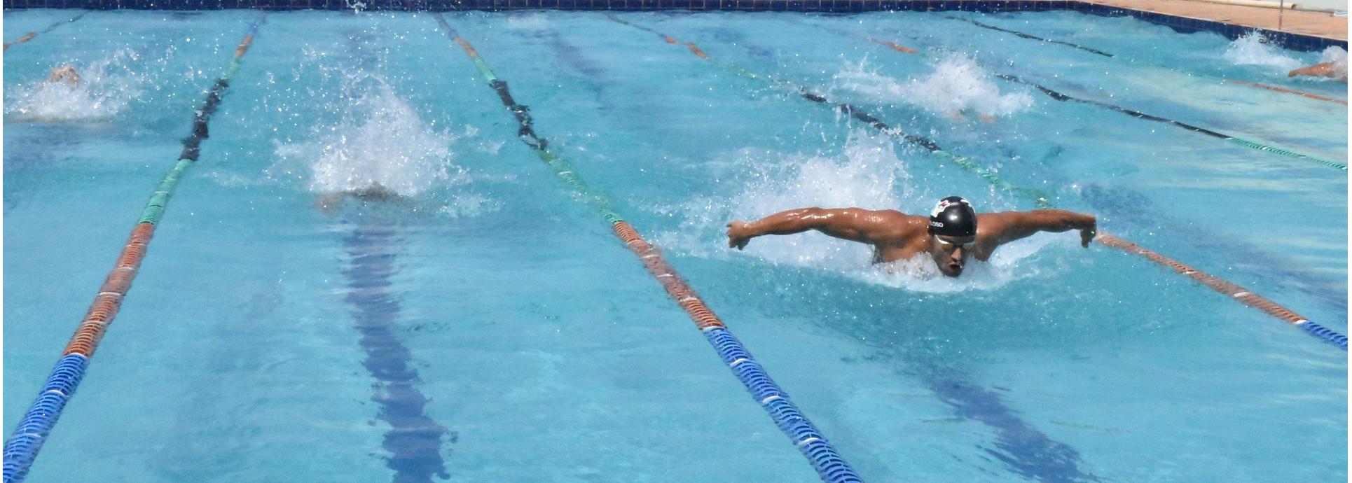 lekcje pływania dla młodzieży Włochy i Ochota