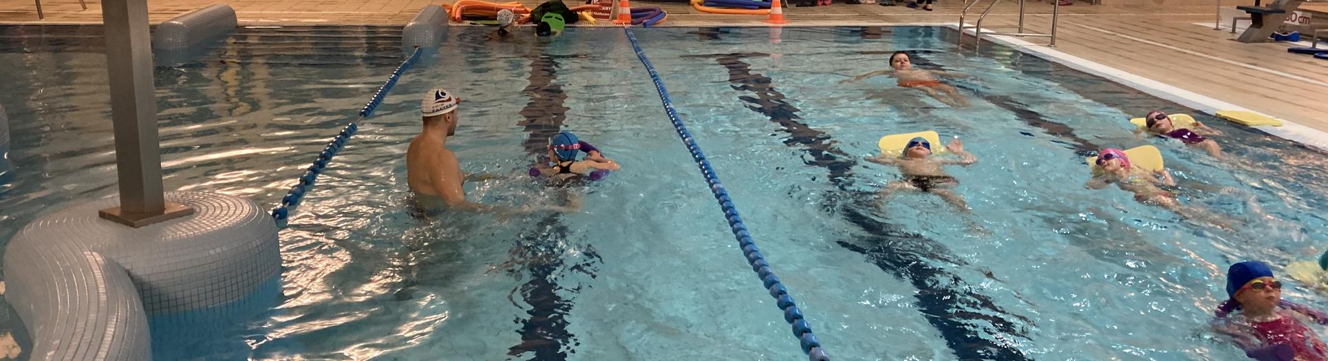 zajęcia pływania grupowe